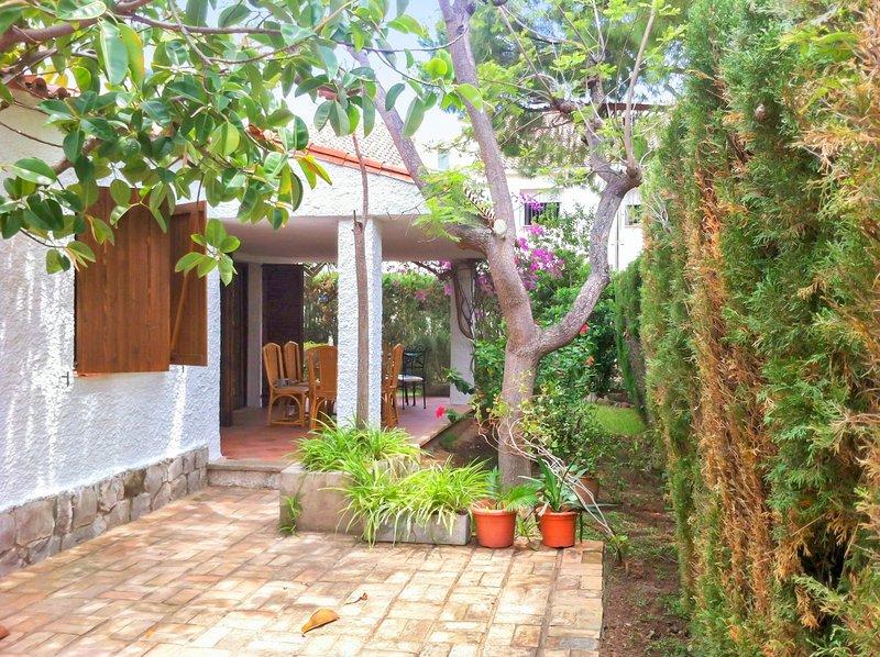 Amazing house with swimming-pool, alquiler vacacional en El Grao