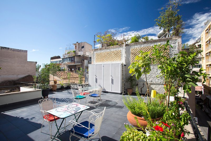 Green, private, roof top terrace