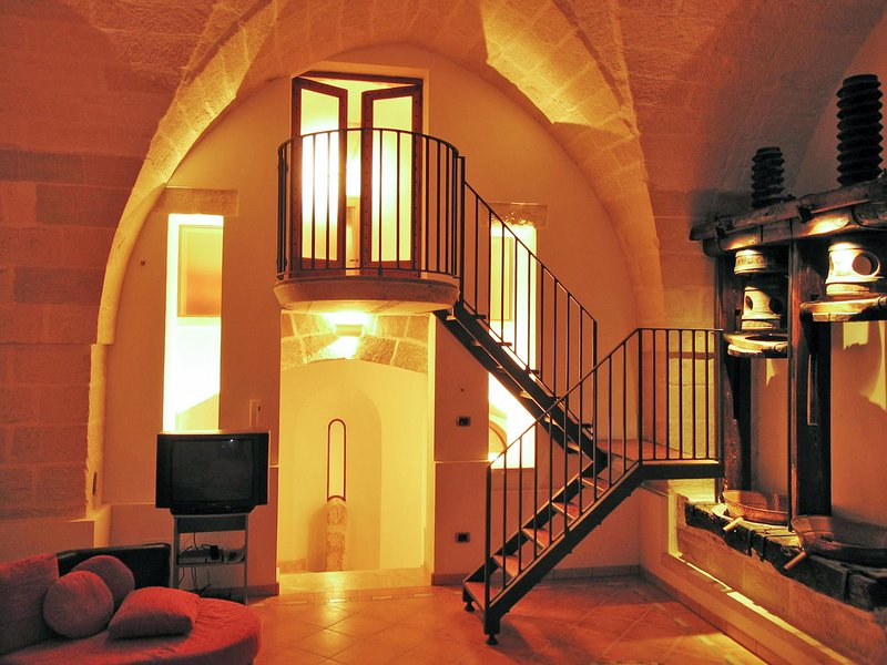Amazing house with garden & Wifi, vacation rental in Nociglia