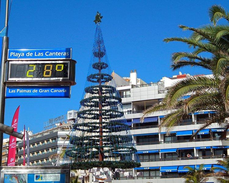 Christmas in Playa Las Canteras Playa Las Canteras Christmas