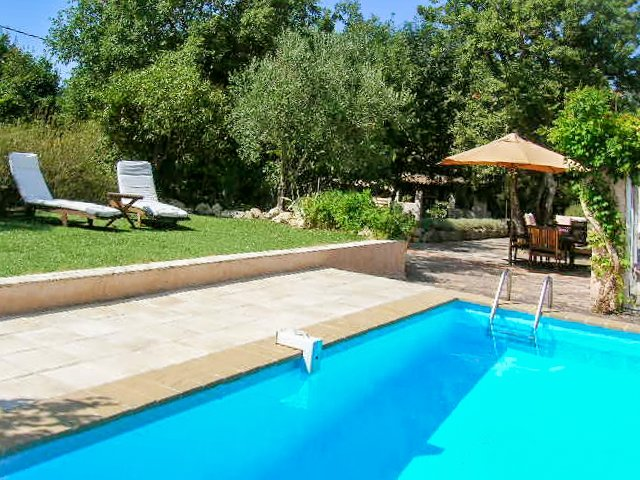 Beautiful house with pool access, holiday rental in Bagnols-en-Foret