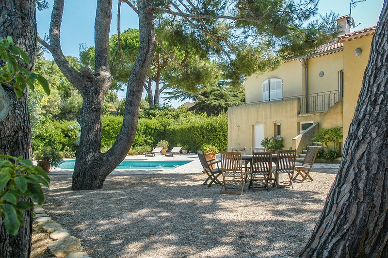 Spacious house with swimming-pool, holiday rental in Six-Fours-les-Plages
