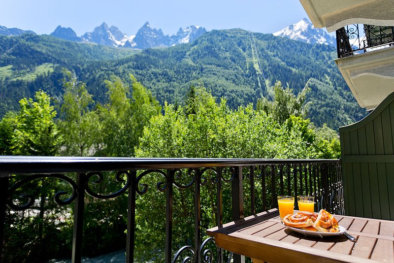 Balcony with Mont Blanc views