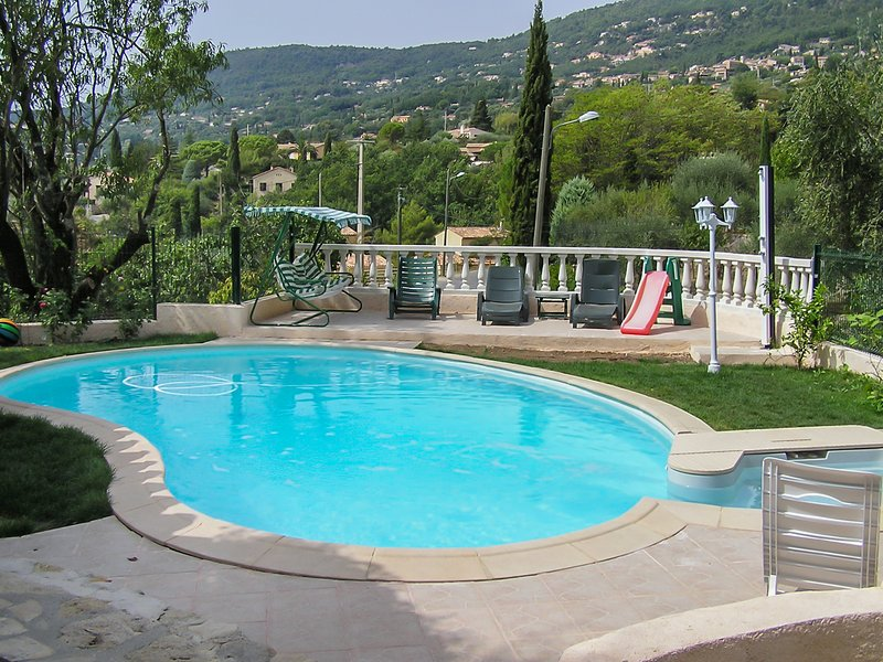 Amazing apt with swimming-pool, vacation rental in Peymeinade