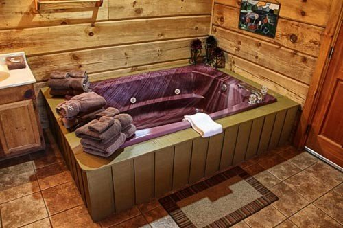 Jacuzzi in Master