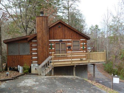 Bear Country Log Cabin