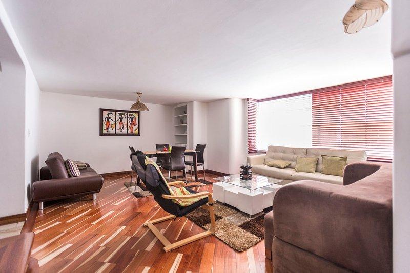 Apartamento en excelente zona de la capital, location de vacances à La Calera