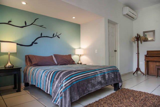 apartamento privado, a pie de la playa. Luminoso y moderno.