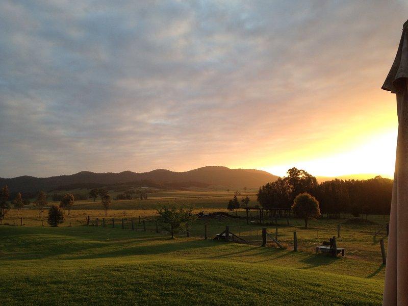 Sólo una de las increíbles puestas de sol en Edenview