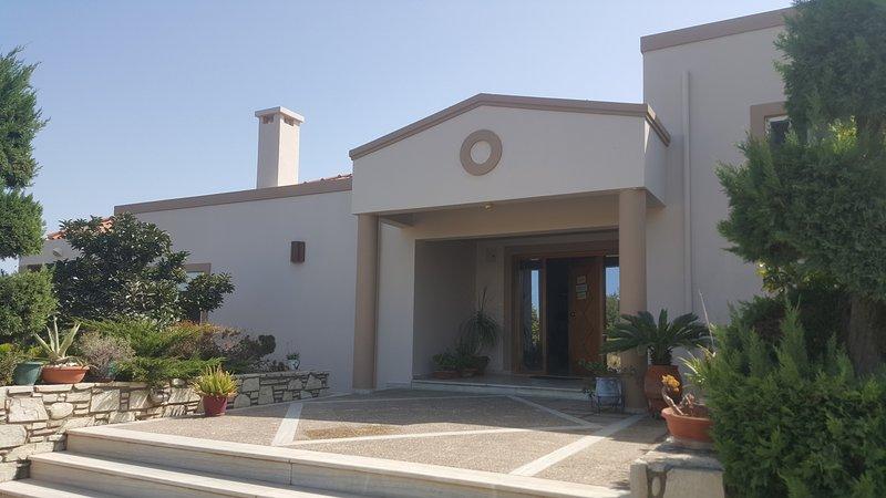 Villa, Ferienwohnung in Kós
