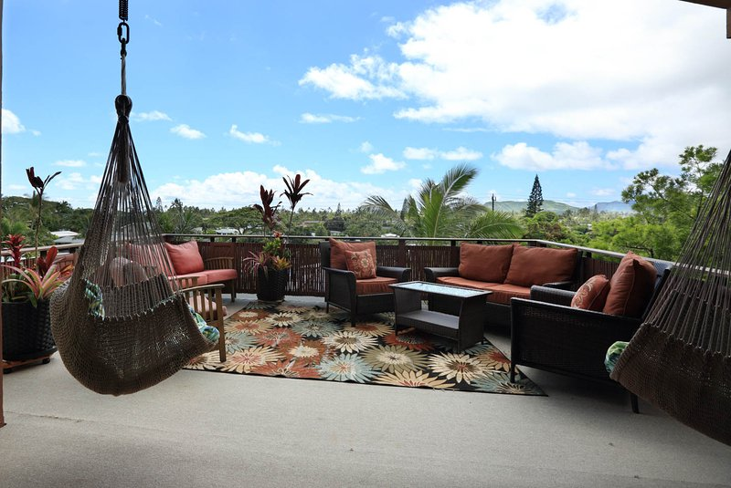 Pristine X lg 1 bdrm 1 bath aprt w/Sweeping Views of Kailua All Taxes Included, holiday rental in Kailua