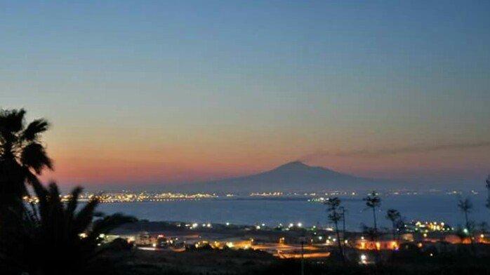Vista do Etna no por do sol
