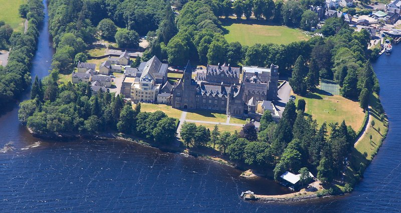 The Highland Club on Loch Ness