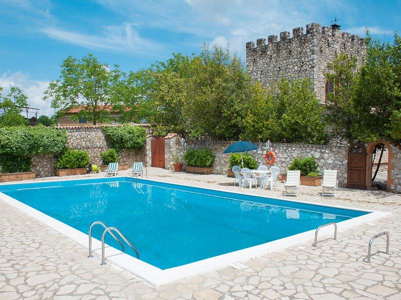Olivo secolare, location de vacances à Torri