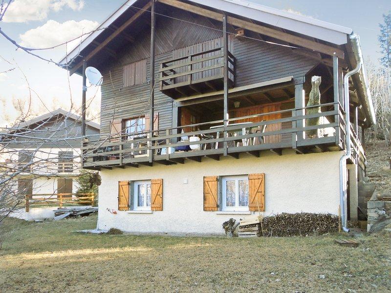 Nice apt with terrace & Wifi, location de vacances à Colmars