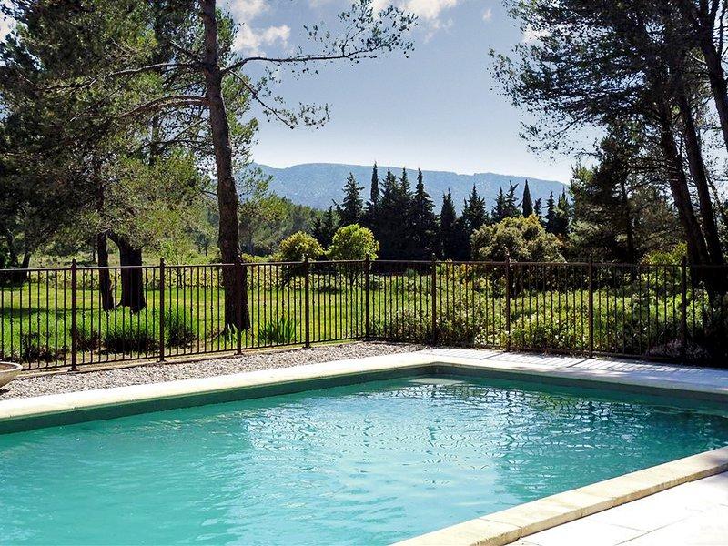 Big villa with swimming-pool & Wifi, aluguéis de temporada em Eygalieres