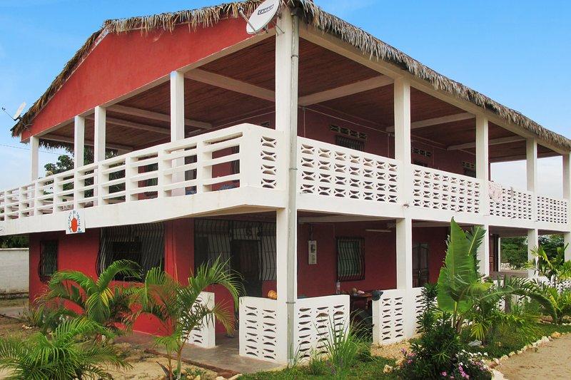 Spacious apartment near the beach, location de vacances à Mahajanga Province