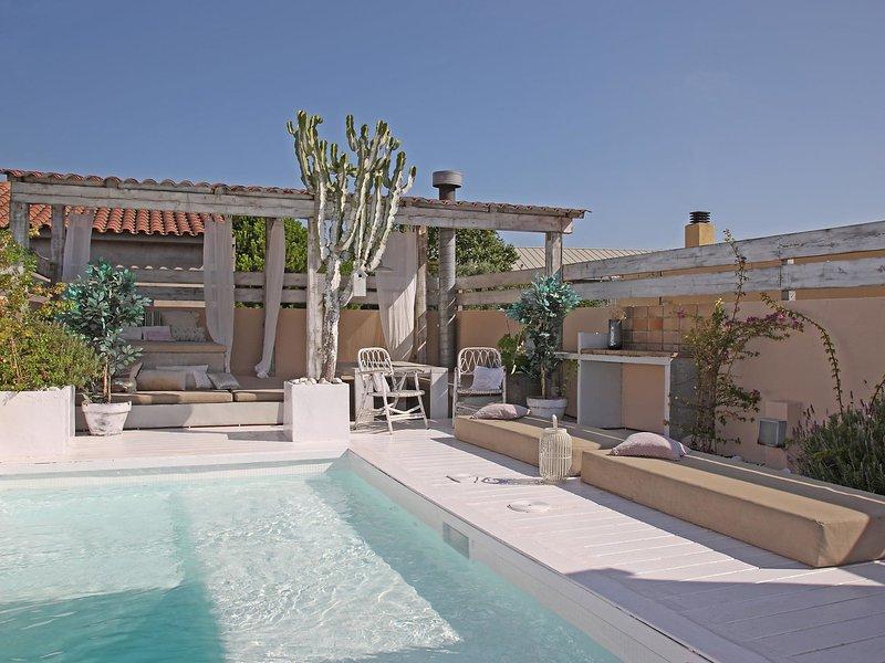 Casa Rosa, holiday rental in L'Hospitalet de Llobregat