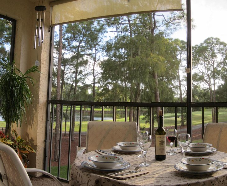 Enjoy the beautiful and peaceful view on the golf courses from the spacious terrace.