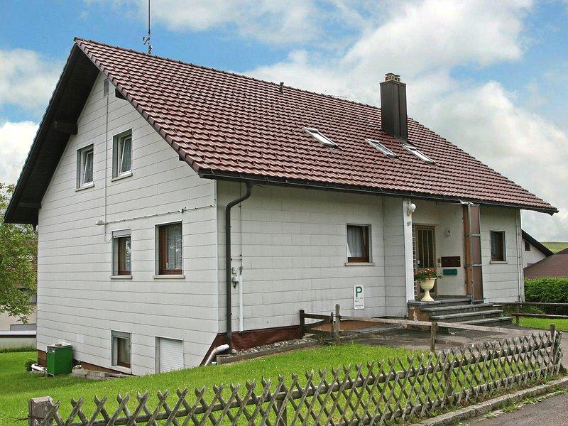 Haus Silberdistel, Ferienwohnung in Bürchau