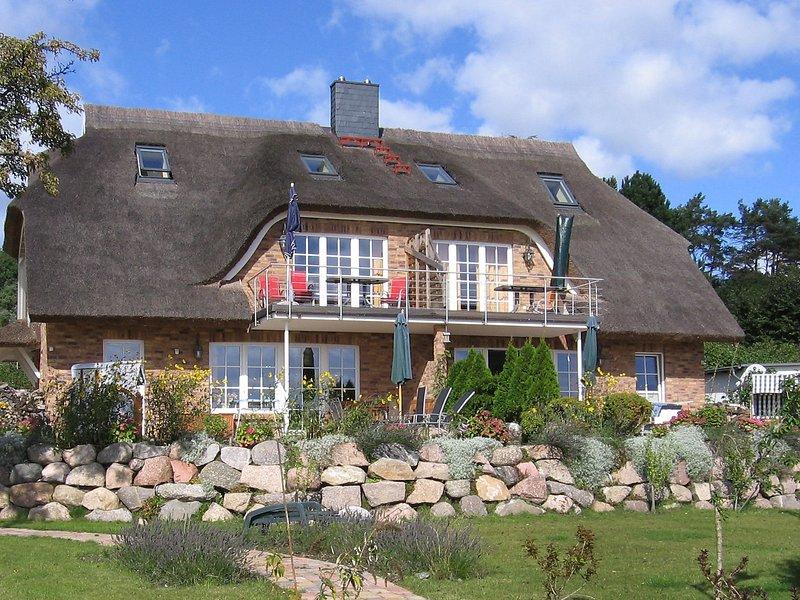 Sonnenkliff, holiday rental in Lobbe