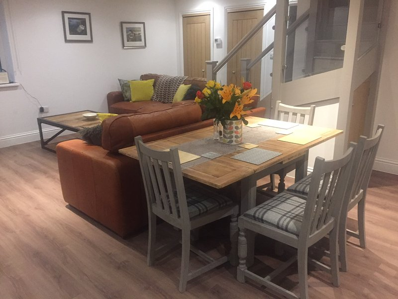 Stunning and Comfortable Apartment in Winchester, holiday rental in Andover