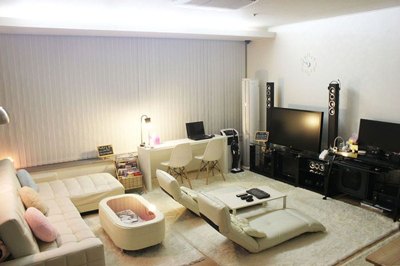Jimmy pastel's appartement (jimmy pension) is erg populair in Zuid-Korea.