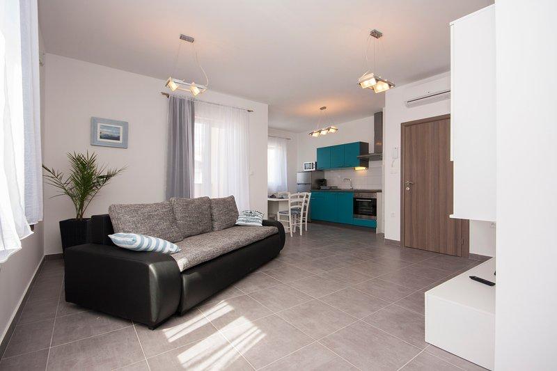 One bedroom apartment 2, vacation rental in Brodarica