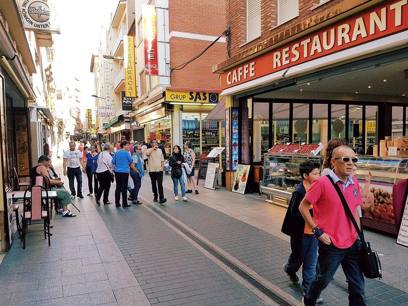 Restaurants, bars, shops, supermarket, grocery, bakery