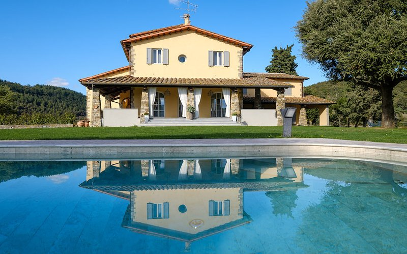 La villa con piscina privada