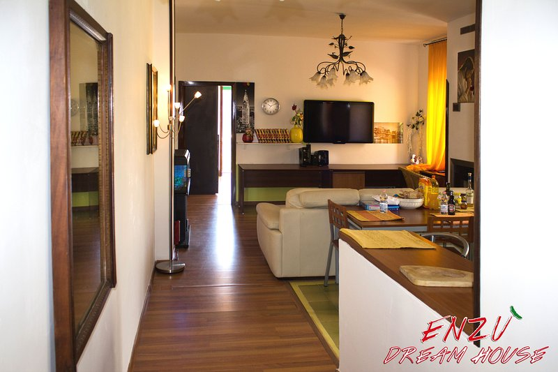 Enzù Dream Holiday House Tramonti Amalfi Coast, vacation rental in Corbara