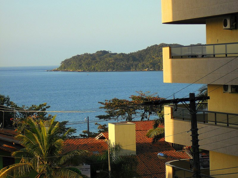 VISTA MAR - 70 METROS DA PRAIA, holiday rental in Bombinhas