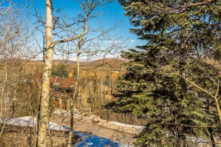 Crescent vue de la propriété Ridge.