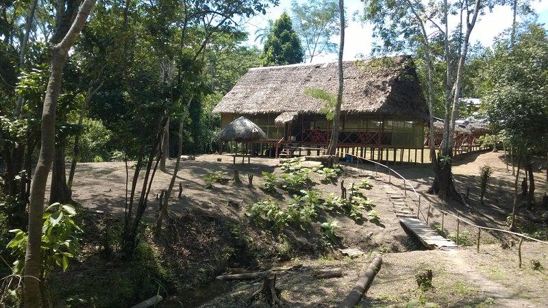 Amazon Queen Lodge Rio Amazonas  hotel en la selva, location de vacances à Iquitos