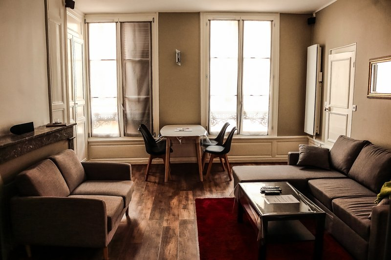 Appartement moderne Troyes Centre, holiday rental in Creney-pres-Troyes