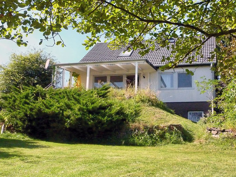 Pusteblume, holiday rental in Tettscheid