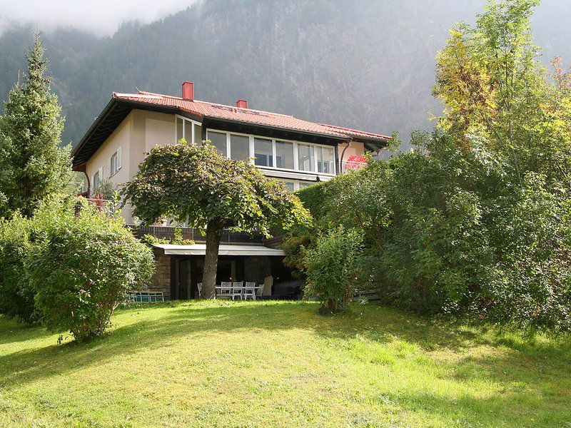 Casa Hubertus, vacation rental in Oetz