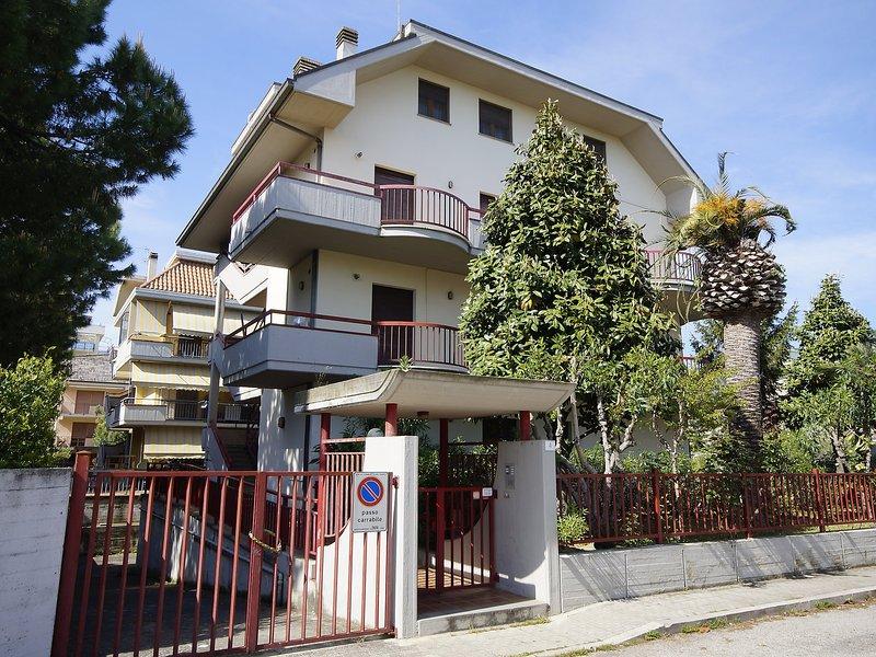 La Magnolia, holiday rental in Stella di Monsampolo