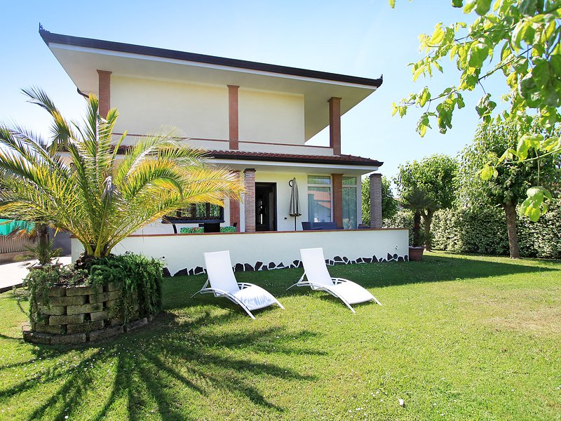 Chiara, vacation rental in Forte Dei Marmi