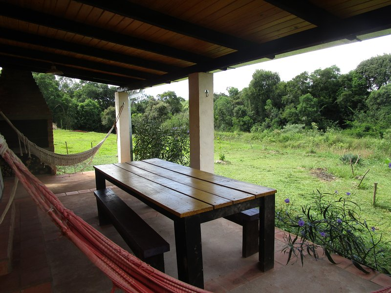Terrace overlooking the jungle with oven and grill