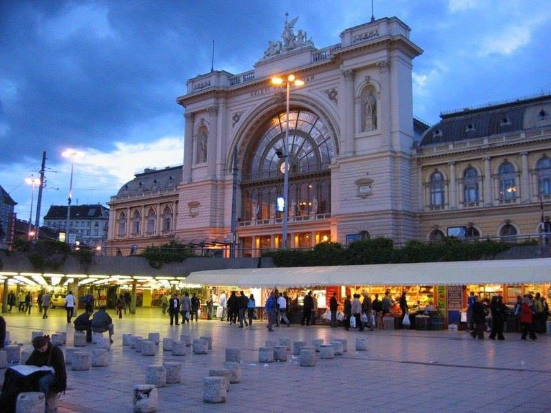 Keleti railway station, 5 min.from the flat