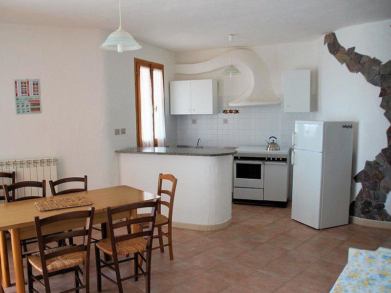 Appartamento Rubinia, holiday rental in Multeddu
