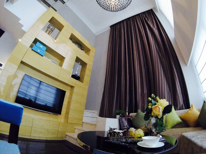 Fairmont residence with full set up & services, casa vacanza a Nanjing