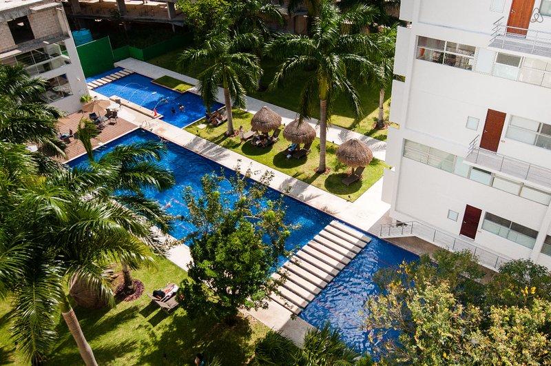New Luxury Downtown Cancun Condo Near the beach.