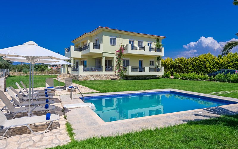 Villa Grigoris, holiday rental in Sfakaki