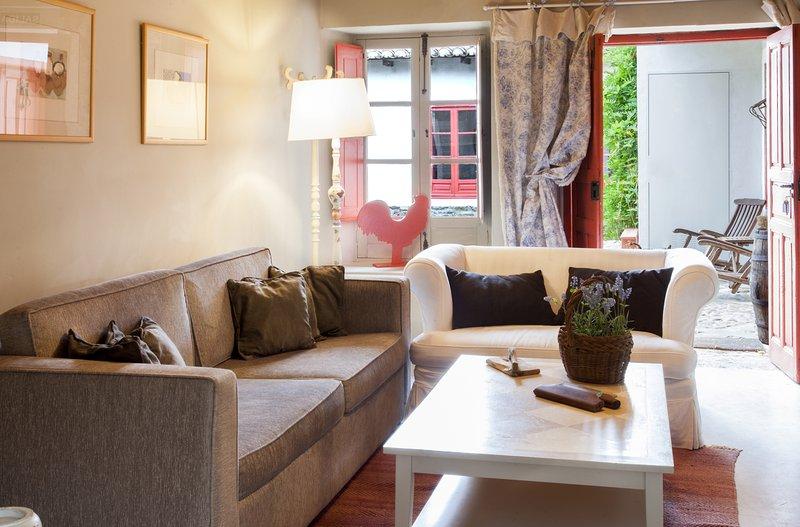 Apartamento rural 'Azul' - La Madrigata, vacation rental in Las Medulas