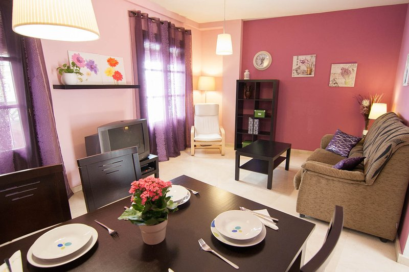 Apartamentos La Ribera Córdoba, holiday rental in Meriga