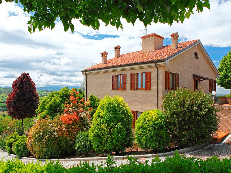 Angelina, vacation rental in Granarola