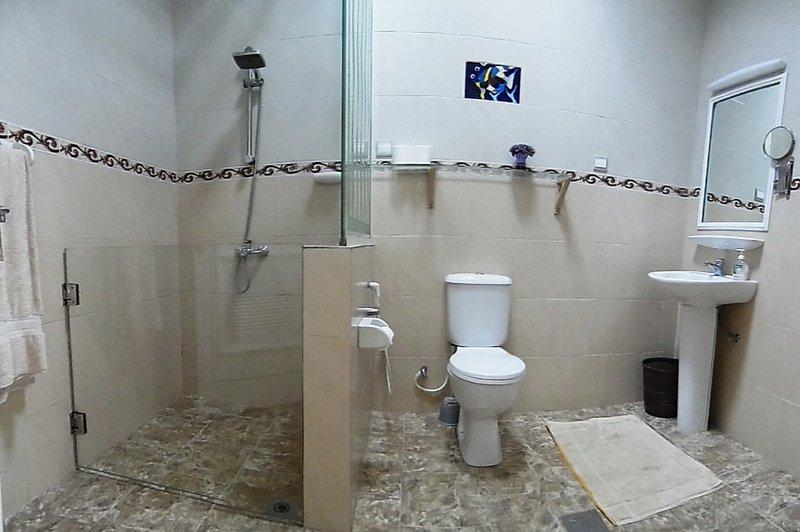 Quarto 2 Casa de Banho