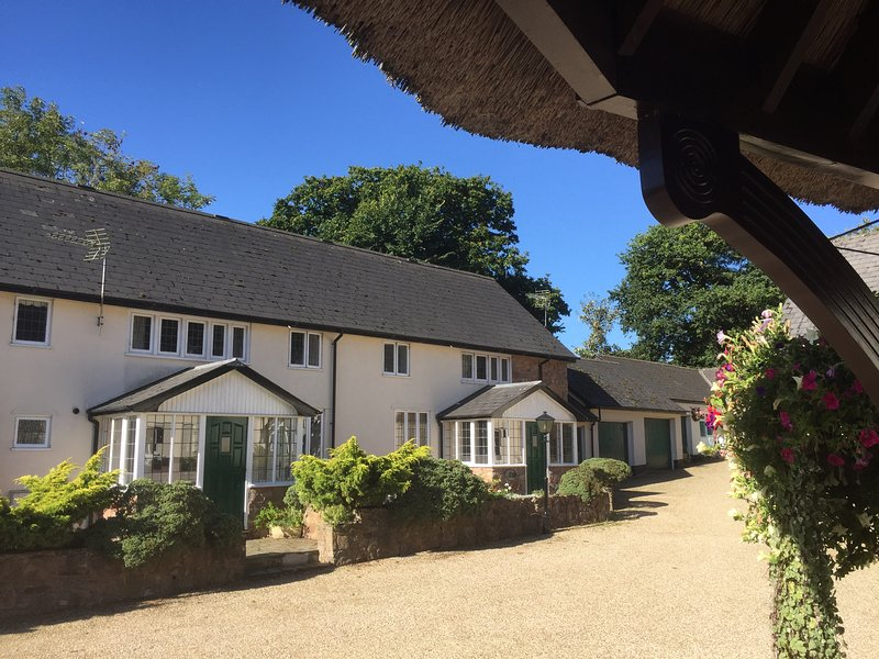 Bramley, Pet friendly cottage with 3 large bedrooms set within 3 acres of private grounds.